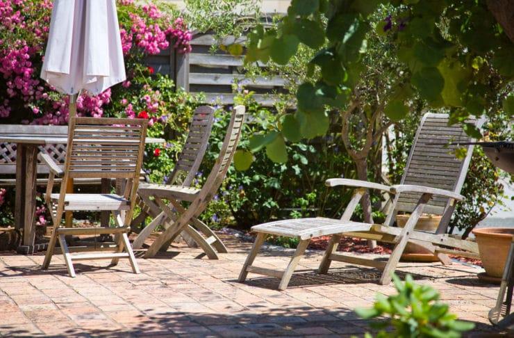 Pourquoi fabriquer son salon de jardin en bois - A brico